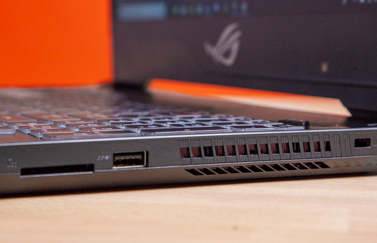 laptop Asus Rog Strix Hero II 3