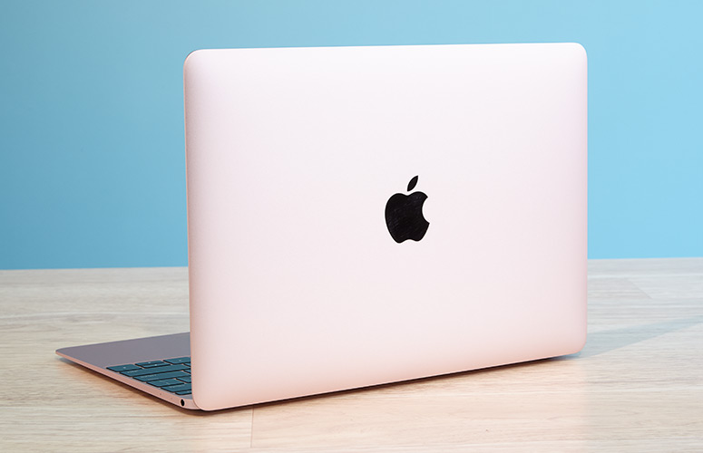 Apple MacBook 2018 với HP Spectre 2018 3